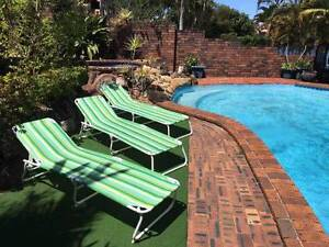 Travellers room to share, pool, free bikes, close the beach Mermaid Waters Gold Coast City Preview