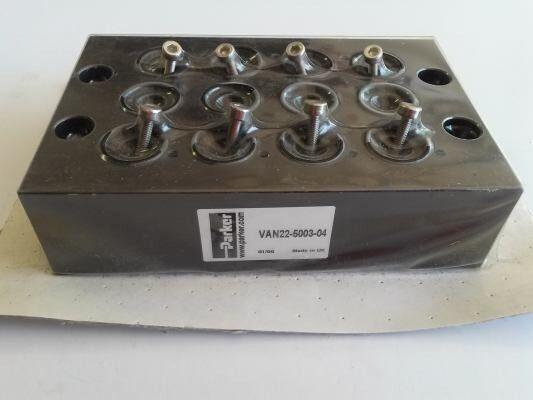 Parker Hannifin # VAN22-5003-04 Manifold for 5 port pneumatic solenoid valves.