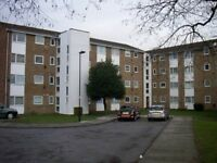 1 bedroom flat in Mintern Close, Palmers Green
