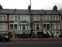 2 bedroom flat in High Road, Wood Green