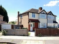 3 bedroom house in Culver Grove, Stanmore