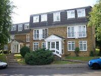 1 bedroom flat in Crofton Way, Enfield