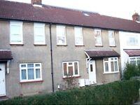 Studio flat in Trent Gardens, Southgate