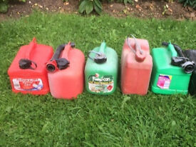 5 Petrol cannisters in Plastic