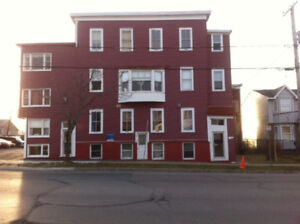 205 King St West #2 - 1 BR, H&L, W/D Onsite, Off Street Parking
