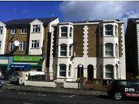 3 bedroom flat in Mayes Road, Wood Green