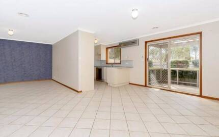 Townhouse for Rent in Calwell Calwell Tuggeranong Preview