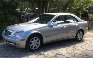 2003 Mercedes-Benz C-Class 240 Elegance Sedan
