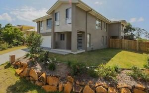 House for rent - 4 bedroom 3 bath Duplex Coomera Gold Coast North Preview