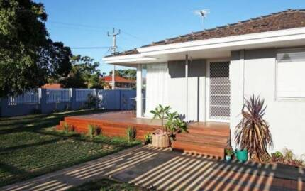 Lovely Two Bedroom Duplex With Large Backyard