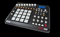 AKAI MPD32 * USB MIDI CONTROLLER - NEW IN BOX - BEST PRICE !