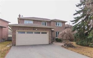 For Sale: All Brick Home 4 Bed / 3 Bath in Stouffville