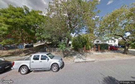 Driveway available in East Brisbane near Churchie- $14/Day