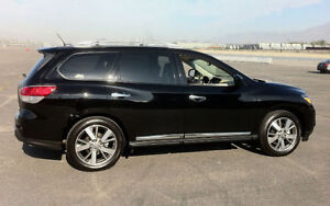 TOP OF THE LINE 2013 NISSAN PATHFINDER FULLY LOADED NEW TIRES
