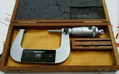 Brown And Sharpe 599-30-10-1 Digital Micrometer