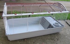 Large cage for small animal - in great condition