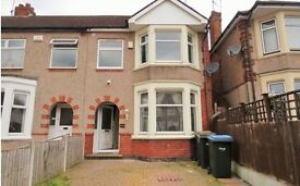 3 bedrooms house to rent in greenford