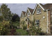 Beautifully renovated stone cottage in sought after Lincolnshire village. Absolutely stunning!
