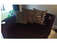 DFS cuddle chair ipod dock