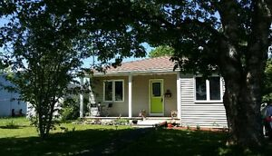 Home For Sale on Oversized Lot in Mount Pearl St. John's Newfoundland image 2