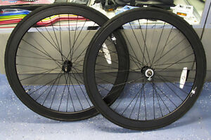 New-700c-42mm-Deep-V-32-Hole-Complete-Wheelset-w-Tires-Cog-Matt-Black-Fixie