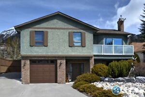 For Sale 126 Coyote Way, Canmore, AB