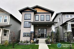 Open concept 3 bed/2.5 bath, 1735 sq ft home in Reunion!