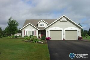 Custom Built WATERFRONT 3 bed/1.5 bath home!