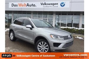2015 Volkswagen Touareg 3.6L Sportline LOCAL TRADE, LEASE RETURN