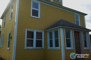 35 Acres, 10 mins from Baddeck, 4 Bed