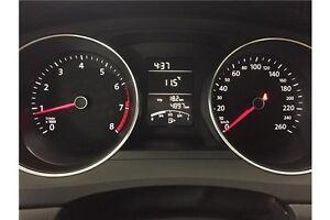 2015 Volkswagen JETTA - 5 SPEED! A/C! BLUETOOTH! CRUISE! LOW KM! Belleville Belleville Area image 17