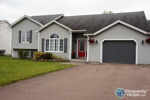 NEW PRICE!! NOUVEAU PRIX!!  HOUSE FOR SALE IN DIEPPE, NB