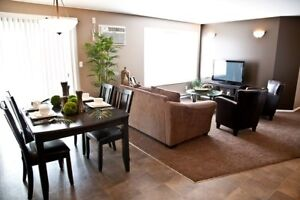 Modern 3 Bed Suite in Lorette-Available Now through November 1st