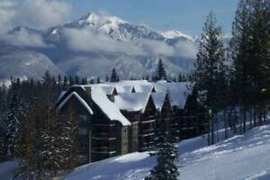 Kicking Horse Ski In/Out 1br Lux Furnished Condo Golden, BC