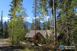 For Sale 1438 Black Bear Drive, Golden, BC