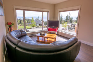 2-bdrm fully furnished suite with ocean/mts view in Sooke, BC