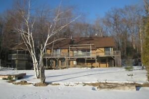 BEAUTIFUL PINE LAKE COTTAGE AVAILABLE THIS WINTER