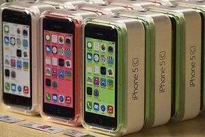 IPHONE 5C NEW ORIGINAL, WITH ACCESSORIES AND WARRANTY