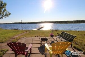 Year round Waterfront 3 bed / 2 bath on Mira River