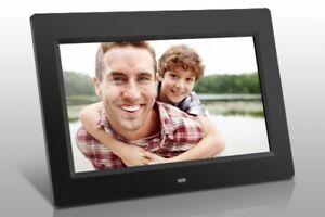 Aluratek Digital Photo Frame (10 inch, 4gb, black) - NEW IN BOX
