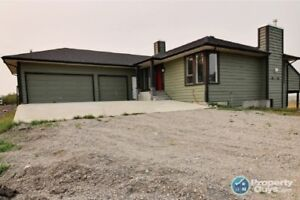 For Sale 380 1st Street, Mountain View, AB