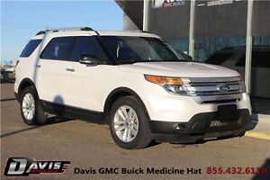 2011 Ford Explorer XLT Bluetooth! Leather! Heated seats!