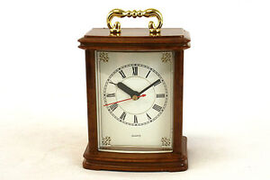Brown Plastic Quartz Mantle Clock