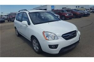 2009 Kia Rondo EX-V6 with Heated Seats!