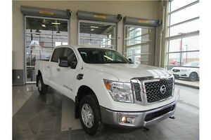 2016 Nissan Titan XD **LOW KMS, BLUETOOTH