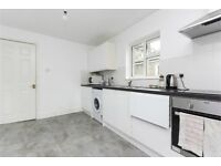 Complete kitchen units - used. Including work tops and sink + taps + stove, oven, extractor