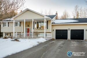 Excellent split entry with over 2100 sf, 3 bdrm & great yard
