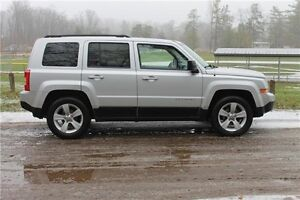 2011 Jeep Patriot Sport/North   CERTIFIED + E-Tested Kitchener / Waterloo Kitchener Area image 6