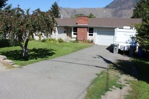 Charming Family Home with Pool Located in Valleyview!