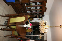 Oval Dining Room Set for sale
